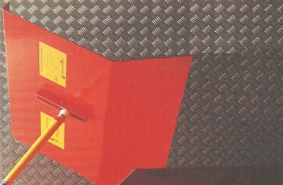 Protection screen in red PVC custom made